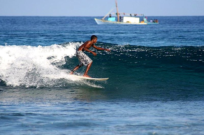 Noah Boat Maldives - surfing (MGH-124)