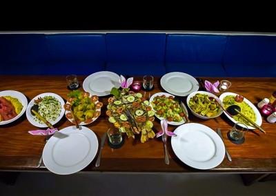 Noah Maldives - boat safari - dinner time