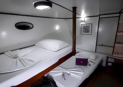 Twin cabin (sleeps 2) - Noah Maldives safari boat